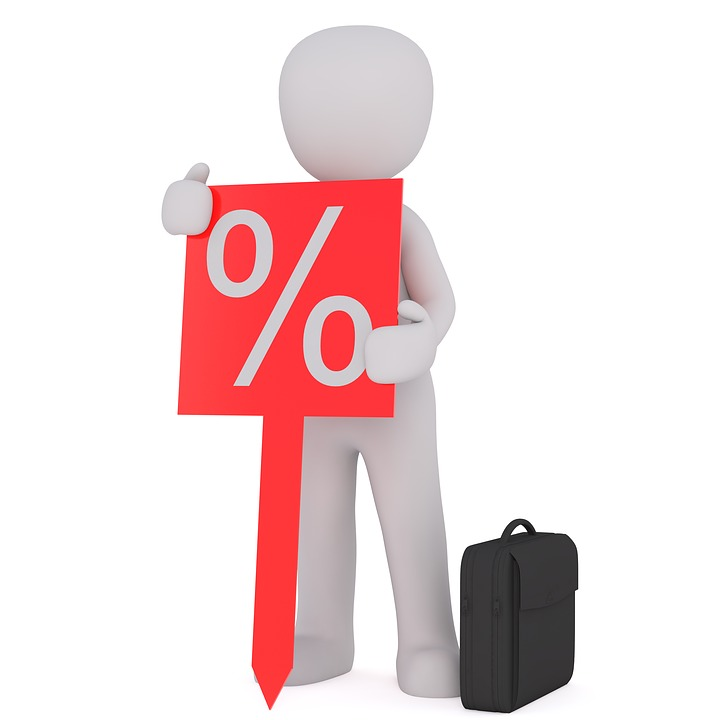 The average amount of Colorado real estate agents commissions