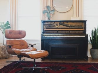 Moving a piano – tips by the pros