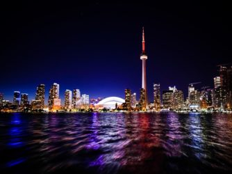 Moving to Toronto – pros and cons