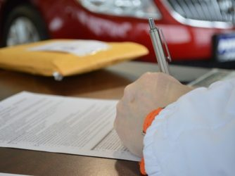 Tips when signing a moving contract