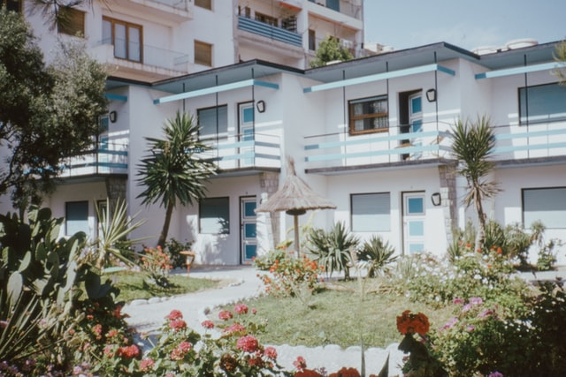 House vs Condo – which option is right for you?