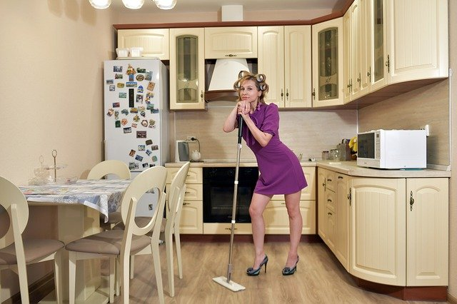 Deep cleaning your apartment: dos and don'ts